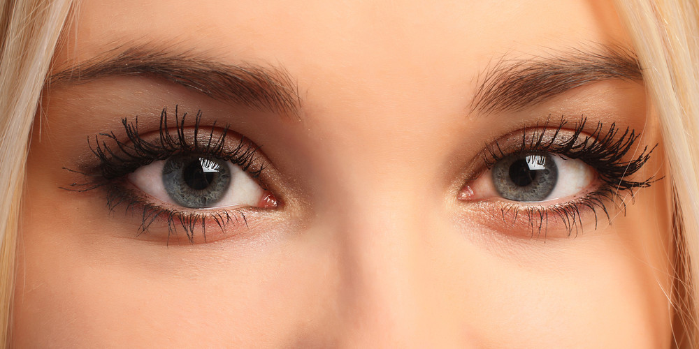Microblading a walk through the latest in eyebrow tattoos for Tattoo eyebrows nj