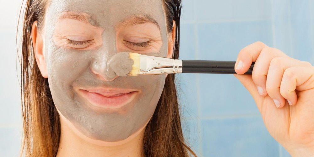Diy pore strips and blackhead removal hacks you can try at home clay masks related does blackhead gritting actually work solutioingenieria Images